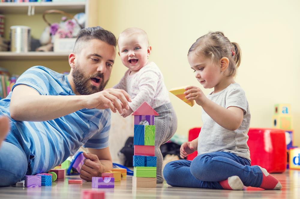 Jadi Ibu Bapa Bijak. Pilihlah Permainan Yang Sesuai Untuk Anak Anda.